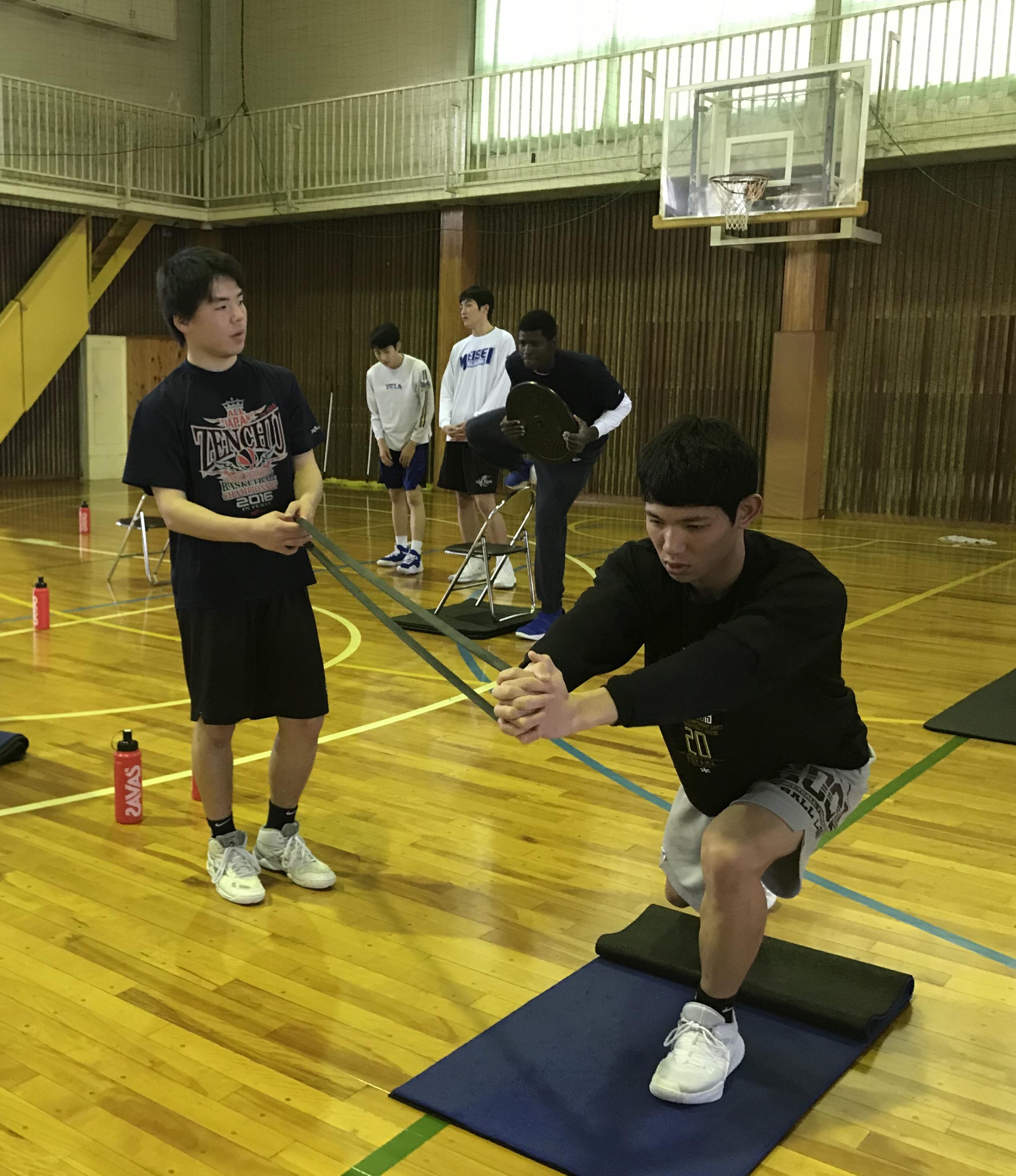 ウィンターカップ静岡県予選を制した藤枝明誠高校バスケットボール部のトレーニング風景